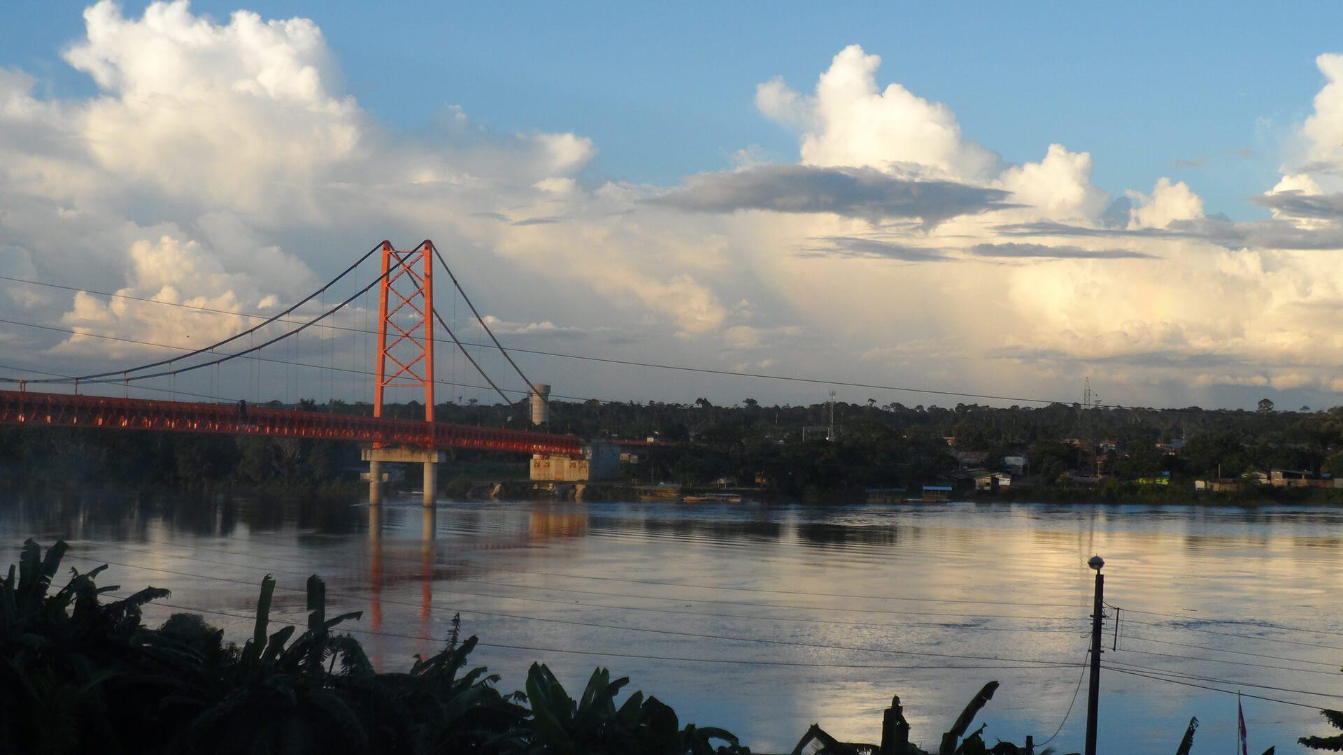 11The Billinghurst bridge is the main way over the Madre de Dios river in Puerto Maldonado | Responsible Travel Peru